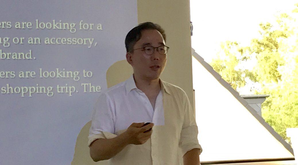 Thomas Cheng, Professor aus Hongkong, spricht über RPM.
