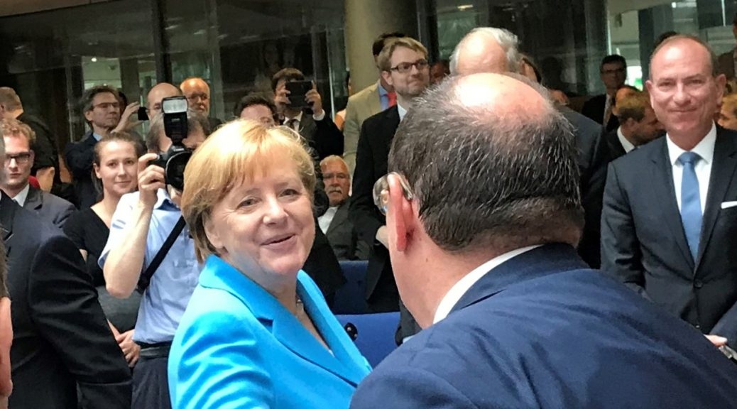 20 Jahre Bundesnetzagentur - und Frau Merkel ist auch dabei