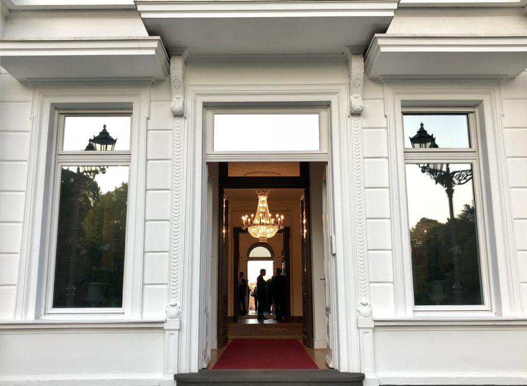 Blick in die Villa Hammerschmidt